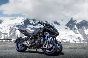 2019-Yamaha-LMWTR-EU-Graphite-Static-002-03