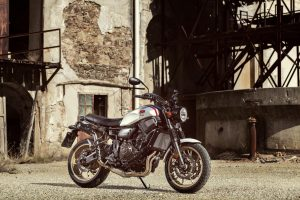 2019-Yamaha-XS700SCR-EU-Tech_Black-Static-001-03